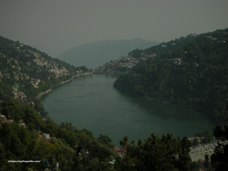 Naini_Lake_Heart