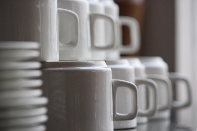 Pile_Cup_Saucers